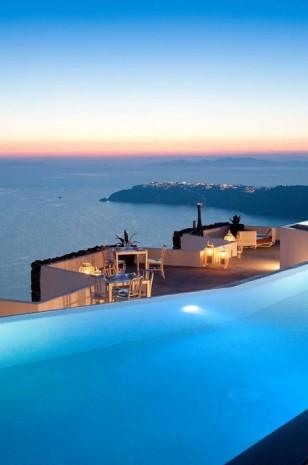 Fancy a swim? 10 amazing pools that will seduce you Fancy a swim? 10 amazing pools that will seduce you Amazing polls Grace Hotel1 308x465