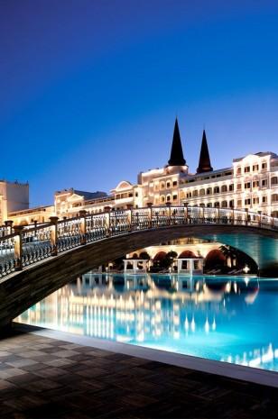 Fancy a swim? 10 amazing pools that will seduce you Fancy a swim? 10 amazing pools that will seduce you Amazing pools Mardan Palace Resort1 308x465