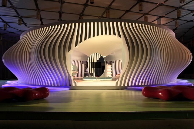 The Komb House See the future: best futuristic styled houses See the future: best futuristic styled houses KOMBHouse 20