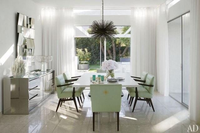 TOP DESIGNERS DINING ROOM PROJECTS: DINING TABLES TRENDS 2014 dining room projects TOP DESIGNERS DINING ROOM PROJECTS: DINING TABLES TRENDS 2014 10 TOP  DESIGNERS  DINING ROOM  PROJECTS DINNING TABLES  TRENDS  2014 emily summers