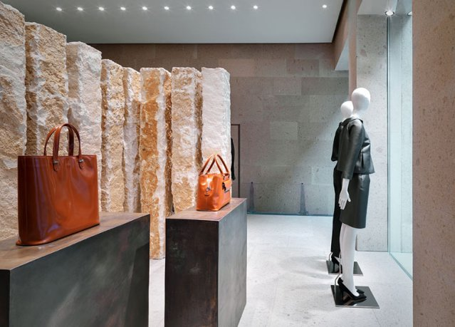 Beautiful-and- luxurious-boutique-stores- design-projects- 2014-Giada-Milan-flagship-store-by-Claudio-Silvestrin