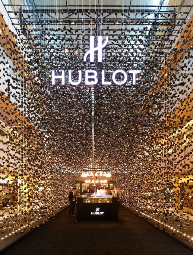 Beautiful and luxurious boutique stores design projects 2014 Beautiful and luxurious boutique stores design projects 2014 Beautiful and luxurious boutique stores design projects 2014 Hublot Pop Up Store in Singapore