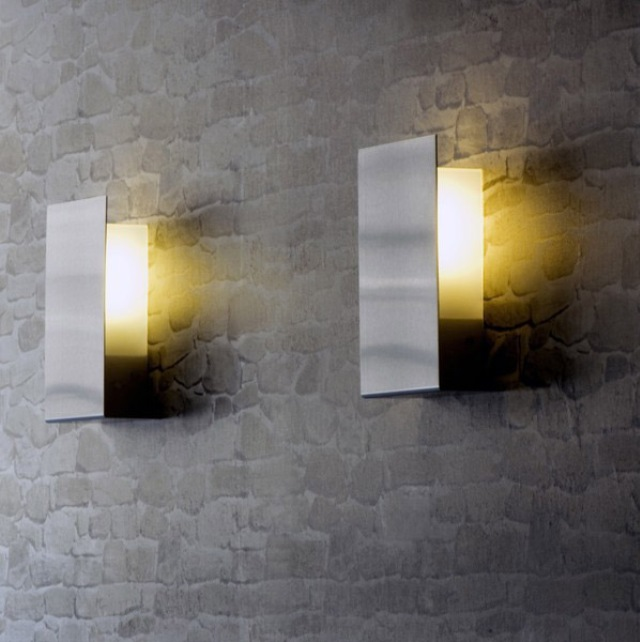 Hottest Outdoor Wall Lighting Trends