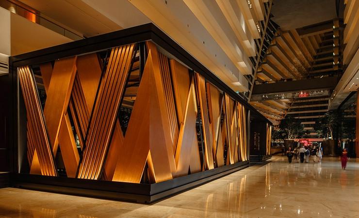 New Luxury Restaurant: Adrift in Singapore