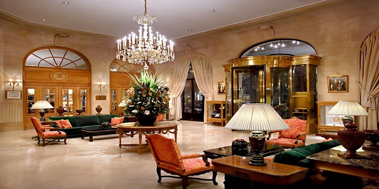 Top 5 luxurious interior resorts