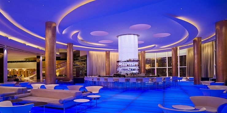 Fontainebleau Miami Beach: must see hotel Fontainebleau Miami Beach: must see hotel Design Contract Fontainebleau Miami Beach must see hotel CoverImage