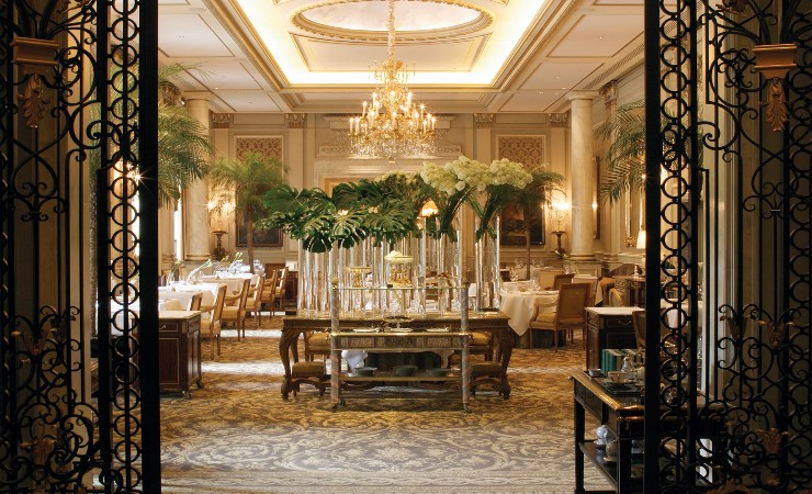 design-contract-four-seasons-george-v-by-pierre-yves-rochon-Image3.jpg