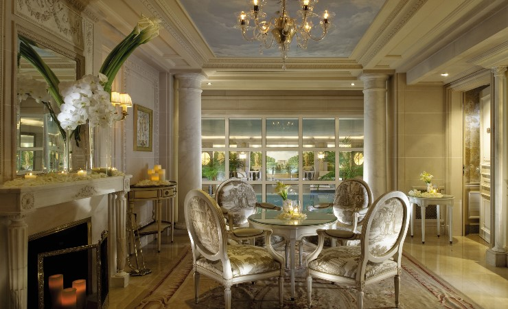 design-contract-four-seasons-george-v-by-pierre-yves-rochon-Image5.jpg