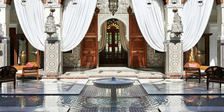 Hotel lobby When a Hotel lobby takes your breath away Sem t  tulo18