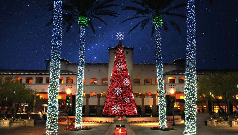 Best Christmas Decorations in Hotels around the world Best Hotels Christmas Decorations around the world Best Hotels Christmas Decorations around the world Sem t  tulo2