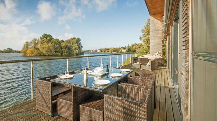 Palafitte Hotel: a Hotel on the water