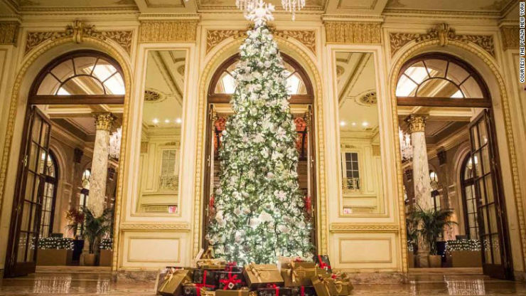 Best Christmas Decorations in Hotels around the world Best Hotels Christmas Decorations around the world Best Hotels Christmas Decorations around the world The Plaza