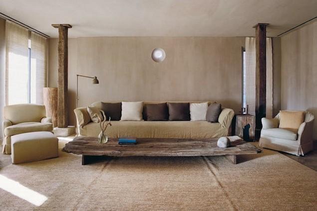 Outstanding Sofa by Axel Vervoordt Sofa design Outstanding Sofa design by Axel Vervoordt axel vervoordt greenwich hotel living room remodelista 700x467