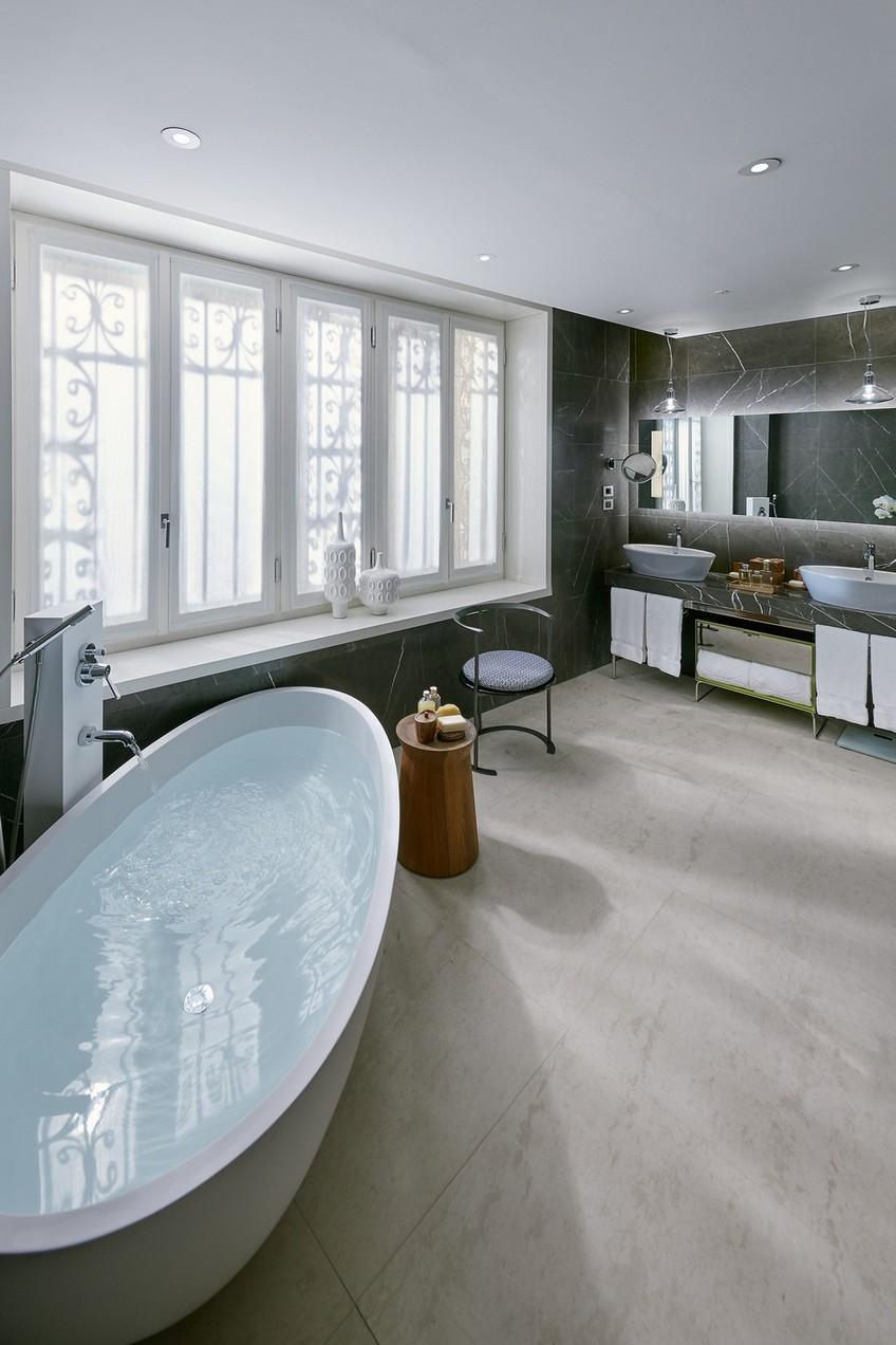 Milano suite bathroom decor by Gio Ponti