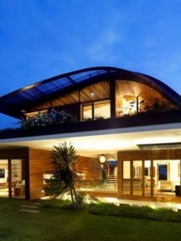 Luxurius Green Roof at the Garden House in Singapore