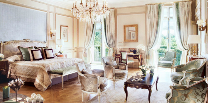 French Palaces Hotel le Meurice – the joy of the French Palaces bedroom of the presidential apartment 107 at le meurice paris