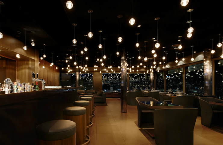 Top 7 Amazing Hospitality Design Projects by Iria Degen Interiors hospitality design projects Top 7 Amazing Hospitality Design Projects by Iria Degen Interiors RESTAURANT SKYLOUNGE UPTOWN ZUG capa