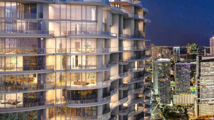 The Luxury Condominium Tower Rising in Downtown Miami
