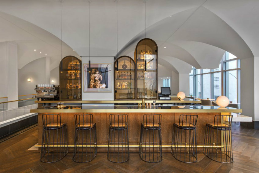 Bardot lounge bar seating stools at Hotel Alessandra Houston international design awards 2018 International design awards 2018 - Hotel Alessandra by Rottet Studio International design awards 2018 Hotel Alessandra by Rottet Studio 7