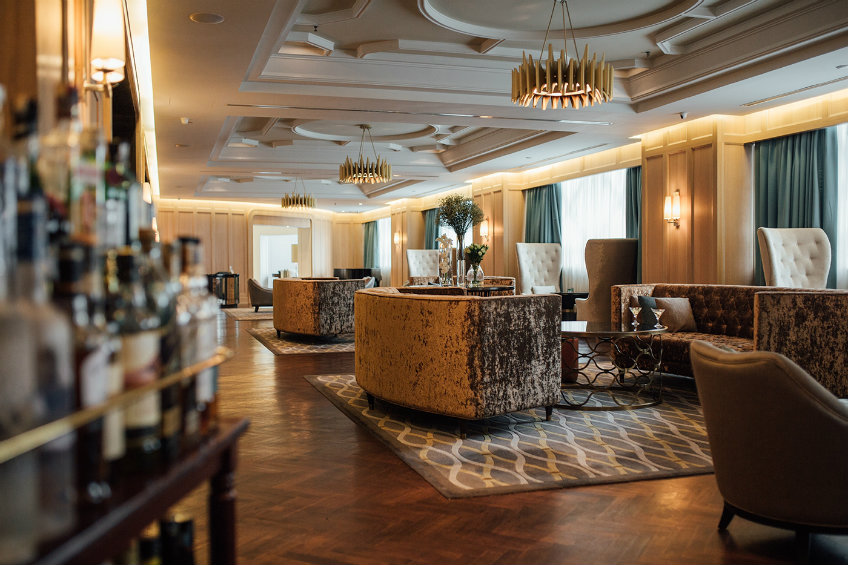 Best hotel design projects by Champalimaud - Luxury Ritz Carlton Kuala Lumpur hotel (4) best hotel design projects An elegant view from the best hotel design projects by Champalimaud Luxury Ritz Carlton Kuala Lumpur hotel 3