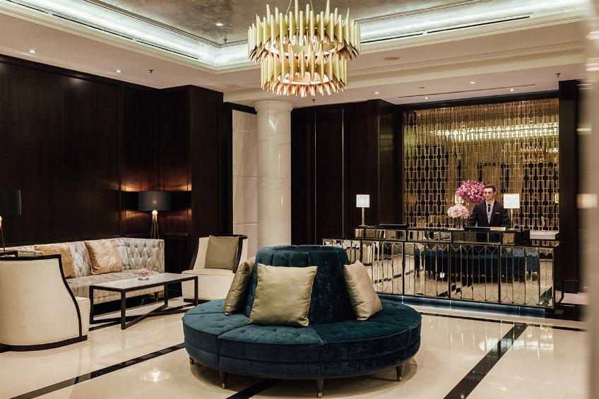 Best hotel design projects by Champalimaud - Luxury Ritz Carlton Kuala Lumpur hotel (4) best hotel design projects An elegant view from the best hotel design projects by Champalimaud Luxury Ritz Carlton Kuala Lumpur hotel 4